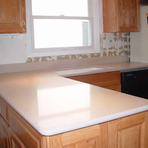 Silestone minerva cream quartz countertops for Kitchen cabinets 90808